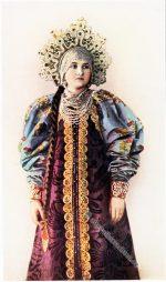 Bauerntracht aus Archangelsk, Russland um 1912.