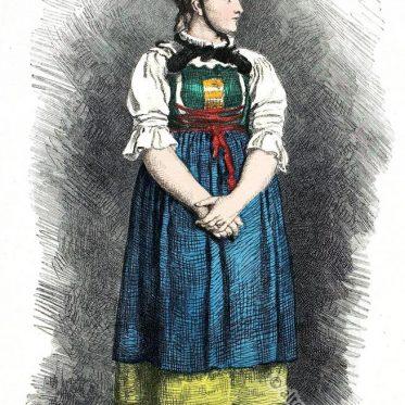 Alte Bäuerinnen Tracht aus dem Pustertal Südtirol.