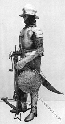 Flaschenzugarmbrust. Armbrust. Armbrustschütze. Krummschwert. Harnisch. Ritter Kostüm. Mittelalter Ritterrüstung.