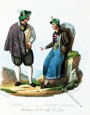 Traditionelle Duxer Tal Tracht, Tirol, Tiroler Trachten, Bauerntrachten, Modegeschichte, Kostümgeschichte, historische Kostüme, Dirndl, Lederhose