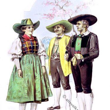 Südtiroler Trachten aus Mölten, Eggental um 1894.