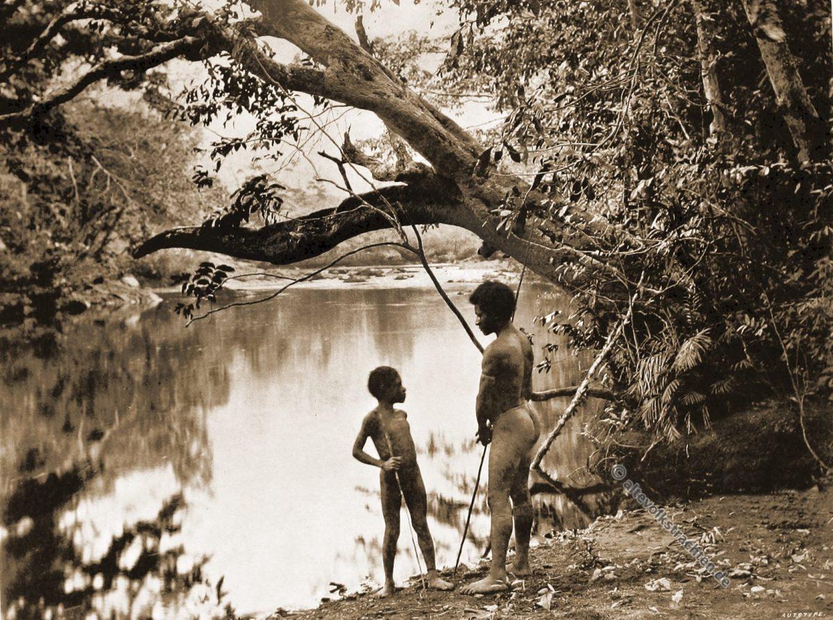 Laloki River, haunt, Alligator, Native, dress, Papuasia, Papua New Guinea, J. W. Lindt,