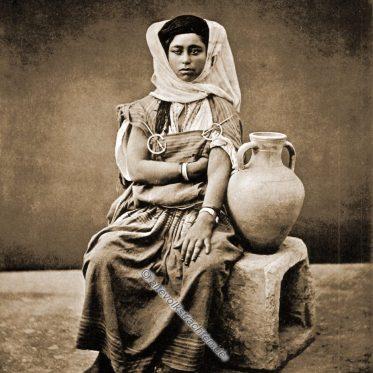 Berber Nomadin aus dem Maghreb.