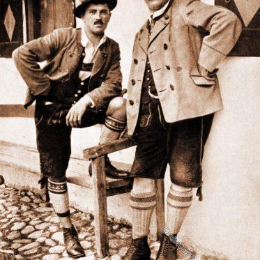 Gebirgstracht der Männer in Oberbayern.