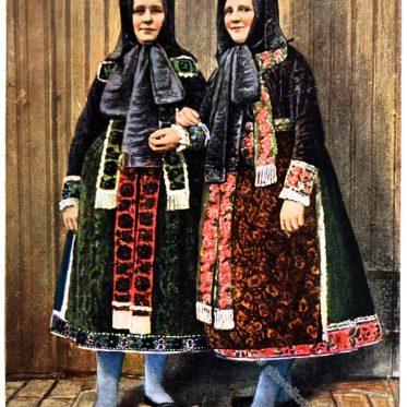 Hüttenberger Frauentrachten, Hessen um 1912.