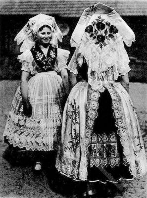 Bauernmädchen, Wenden, Heinersbrück, Niederlausitz, Tanztracht, Bauerntum, Brauchtum, Hans Retzlaff