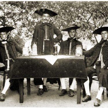 Oberfranken. Effeltrichter Bauern um 1912.