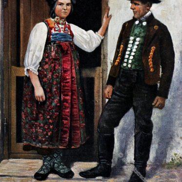 Historische Dachauer Trachten um 1912.
