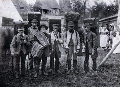 Kastenleute, Erzgebirge, Hausierer, Sachsen, Trachten, Volkstrachten