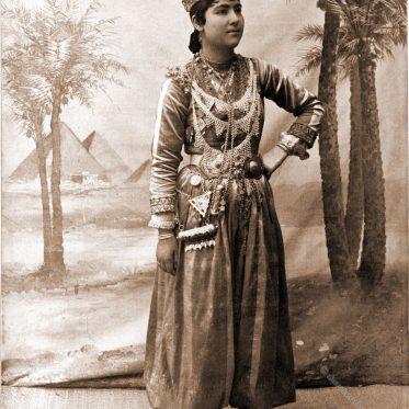 Jamelee. Syrische Tänzerin um 1893.