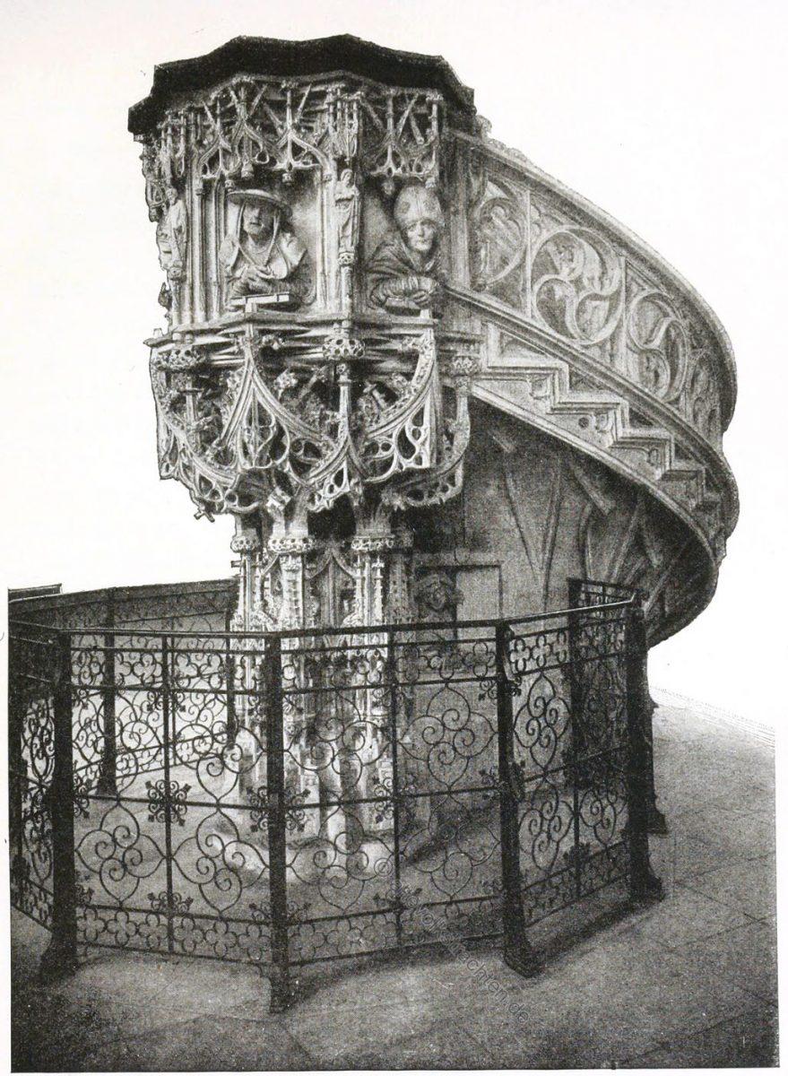 Die Kanzel im Stephansdom. An dem Pfeiler unten das Reliefbild des Meisters Pilgram.