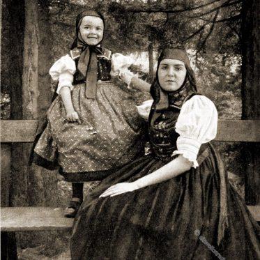 Trachten aus St. Georgen im Schwarzwald