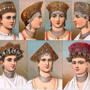 Russische Trachtenhauben. Kopfschmuck der Frauen aus dem Volke.