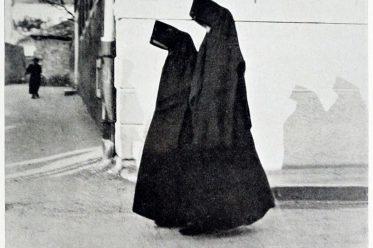 Türkische Frauen, Kostüme, Trachten, Mostar,