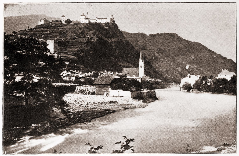 Klausen, Südtirol, Stadtansicht,