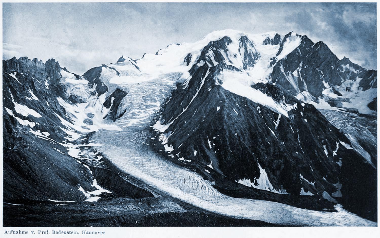 Valsoreyhütte,  Glacier de Valsorey, Mont Vélan, Walliser Alpen,